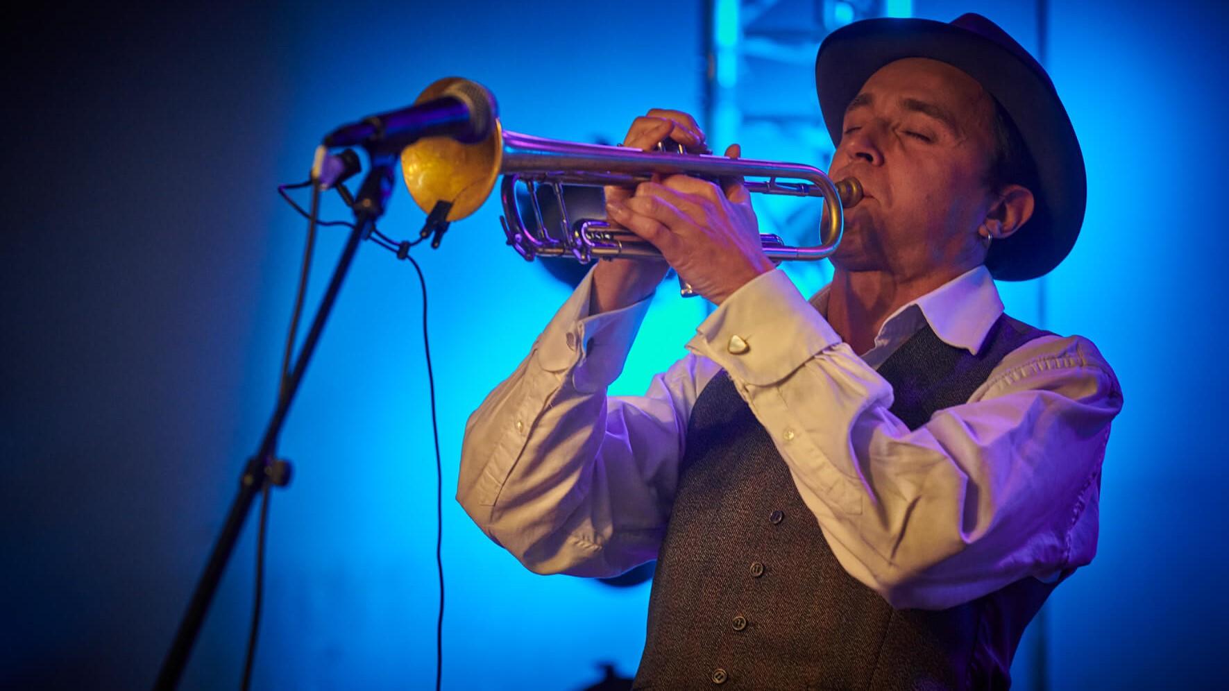 trompet performer live lectro dj lille france hauts de france show