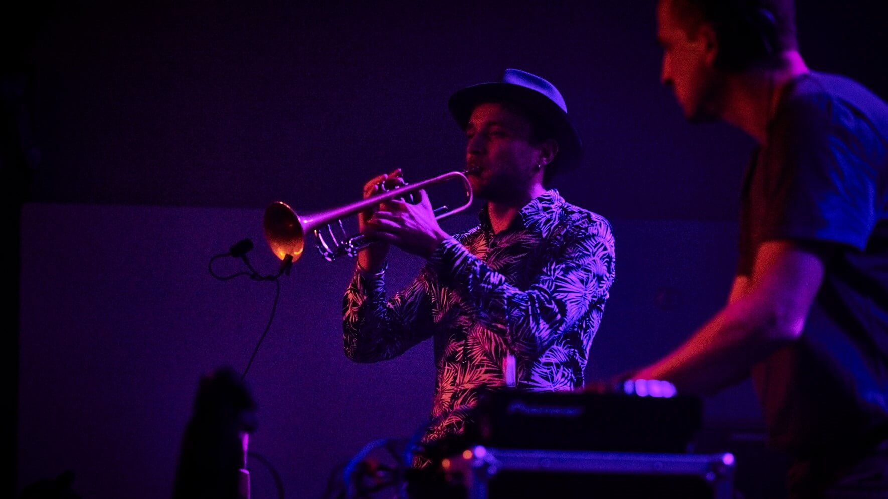 trompettiste live avec DJ pour evenement soirée lounge electro en haust de france lille nord pas de calais