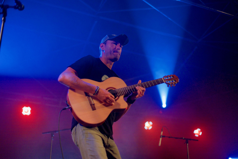 Duo guitares rock pop fusion flamenco et bossa à Lille et dans la région Hauts de France